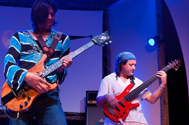 Fotos da 1a apresentação da turnê brasileira que se encerra dia 27/11, em Floripa