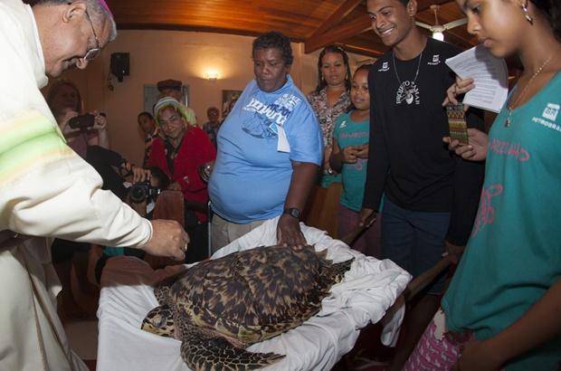 Benção de São Francisco de Assis para as tartarugas marinhas