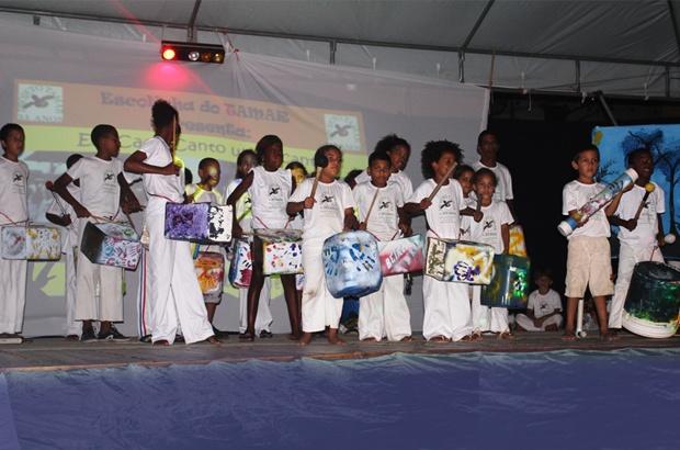 Tamar em Arembepe apresentou educação com arte