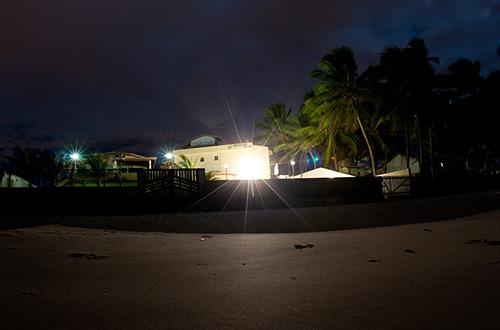 Bahia intensifica campanha para diminuir iluminação artificial nas praias
