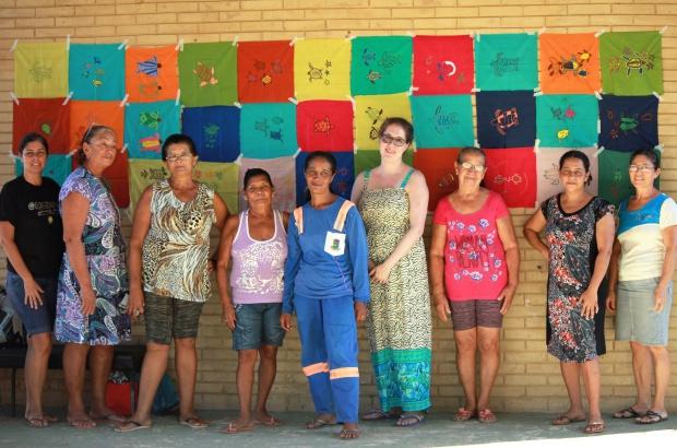 Grupo de bordado de Povoação: mulheres que bordam seu próprio futuro