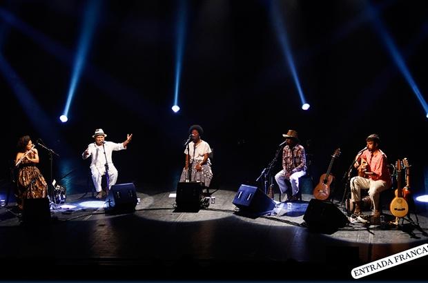TAMAR Ubatuba recebe apresentação musical Roda de Mestres