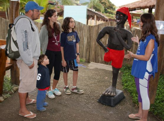 Ubatuba promove cultura caiçara em eventos no mês do folclore