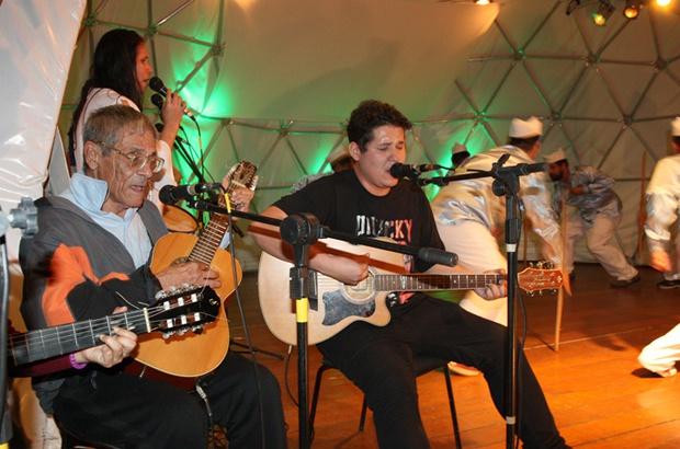 VIII Mês da Cultura Popular faz homenagem no TAMAR Ubatuba-SP