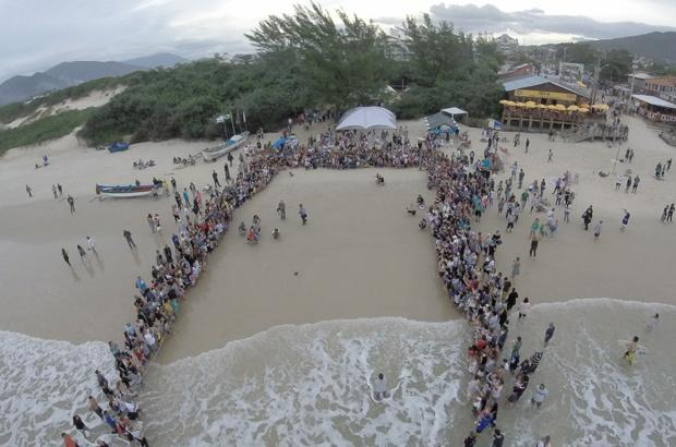 Pescadores celebram abertura da pesca da tainha em Florianópolis