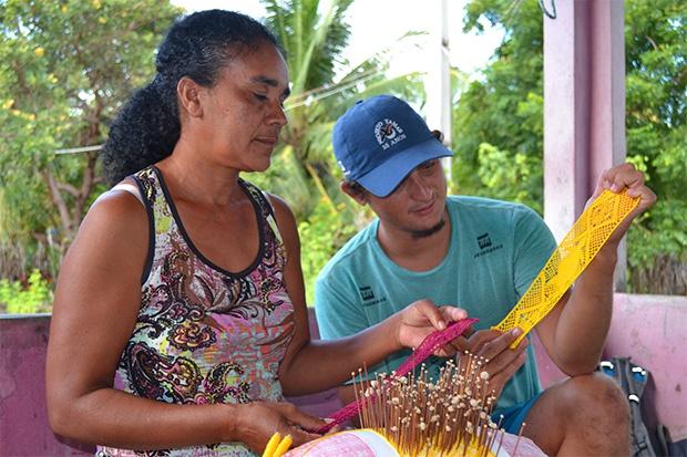 Grupo de rendeiras e outros artesanatos em Almofala, Ceará: valorização cultural e união das comunidades com as ações de conservação